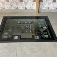 Hinged Glass Floor  (stock)