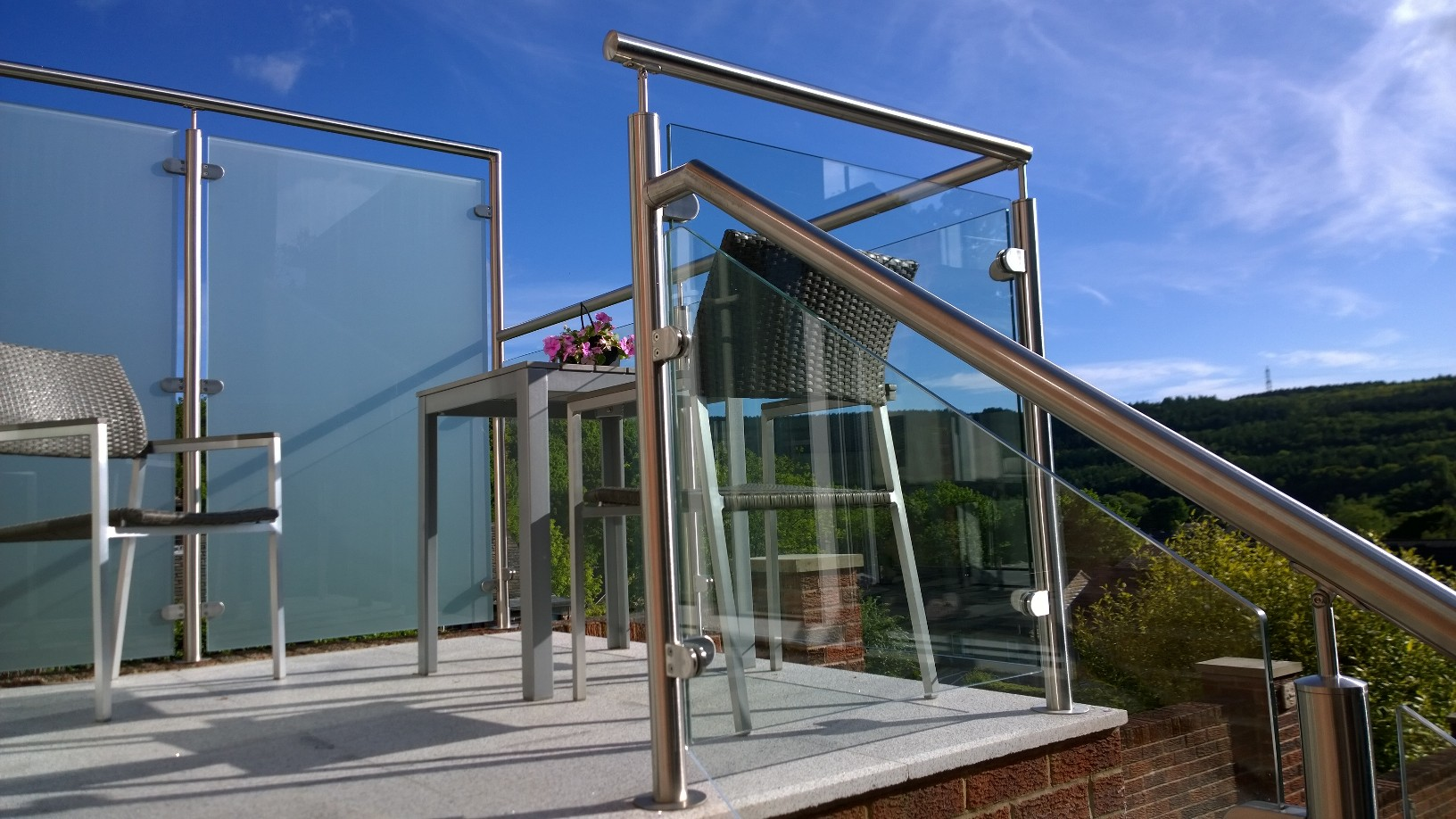 Toughened And Laminated Glass Panels