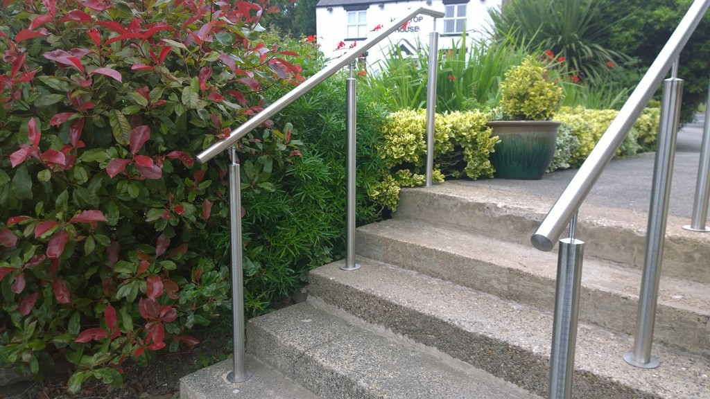 Wooden Handrails Garden Steps For Outdoor Suppliers Manufacturers ...